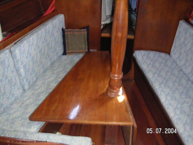 SV Karuna main cabin